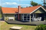 Three-Bedroom Holiday home in Knebel 12